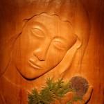 Sculpture sur bois, vertu de pauvreté, monastère de l'Annonciade