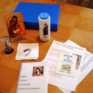 Valise de Prière avec Sainte Jeanne de France