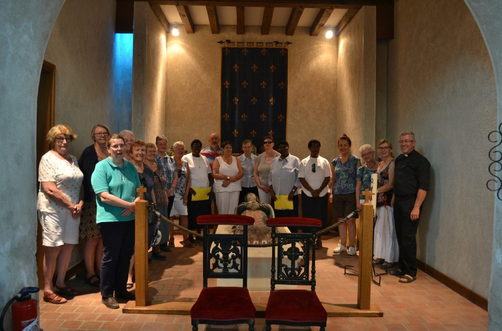 Les Annonciades Apostoliques et leur fraternité en pèlerinage dans le Berry
