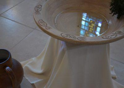 Vasque de l'eau bénite