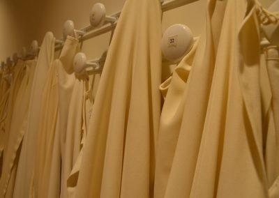 Nos manteaux de chœur.