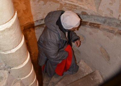 Vieil escalier qu'ont certainement emprunté sainte Jeanne et le Bx Gabriel-Maria